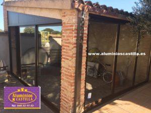 ¿Quiere un cerramiento para tu porche con nuestros sistemas en Aluminio o PVC?  ALUMINIOS CASTILLA