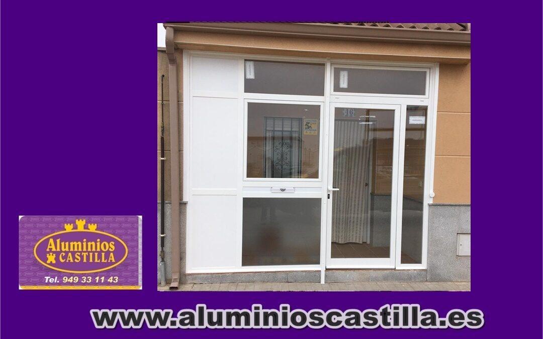 CERRAMIENTO ENTRADA CHALET . ALUMINIOS CASTILLA.